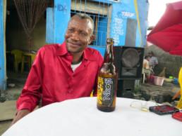 Chéri Benga_une bière à Kinshasa_2014_In Situ_Galerie Angalia